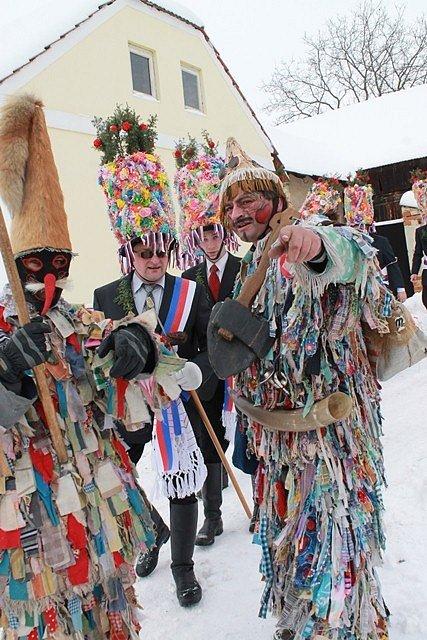 V obci Nesměň se uskutečnil první letošní masopust.