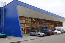 Novým vlastníkem Hokejového centra Pouzar ležícího nedaleko od českobudějovického sídliště Máj by se mohlo stát město České Budějovice.