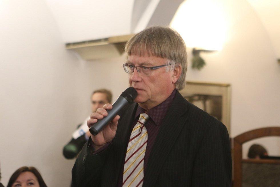 Setkání s hejtmanem Jihočeského kraje. Na snímku ředitel strakonické nemocnice Tomáš Fiala.
