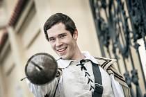 Herec Jan Hušek (25) odchází po třech sezonách z Jihočeského divadla. Na snímku jako D'Artagnan.