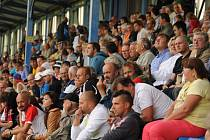 Zájem o zápas Dynama se Slavií byl v Písku obrovský, tribuna praskala ve švech.