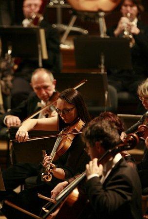 Jihočeská komorní filharmonie ukázala při skladbě Witolda Lutoslawského, jak rozšířit obzory publika.