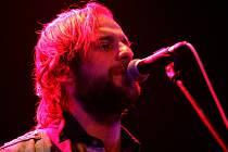 Vyprávěcí zpěv Václava Havelky, hlavní osobnosti táborské skupiny Please The Trees, je jednou z deviz nového alba této formace. Má název A Forrest Affair a obsahuje celkem deset písniček.