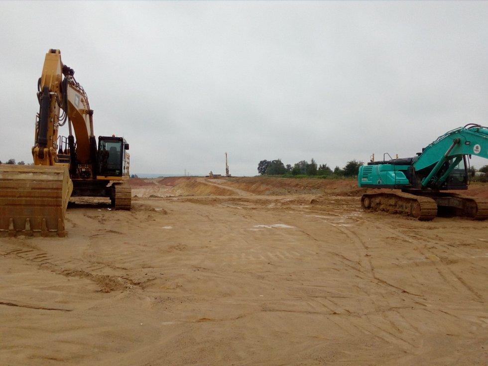 Stavba tunelu Pohůrka na trase D3. Přelom července a srpna 2020.