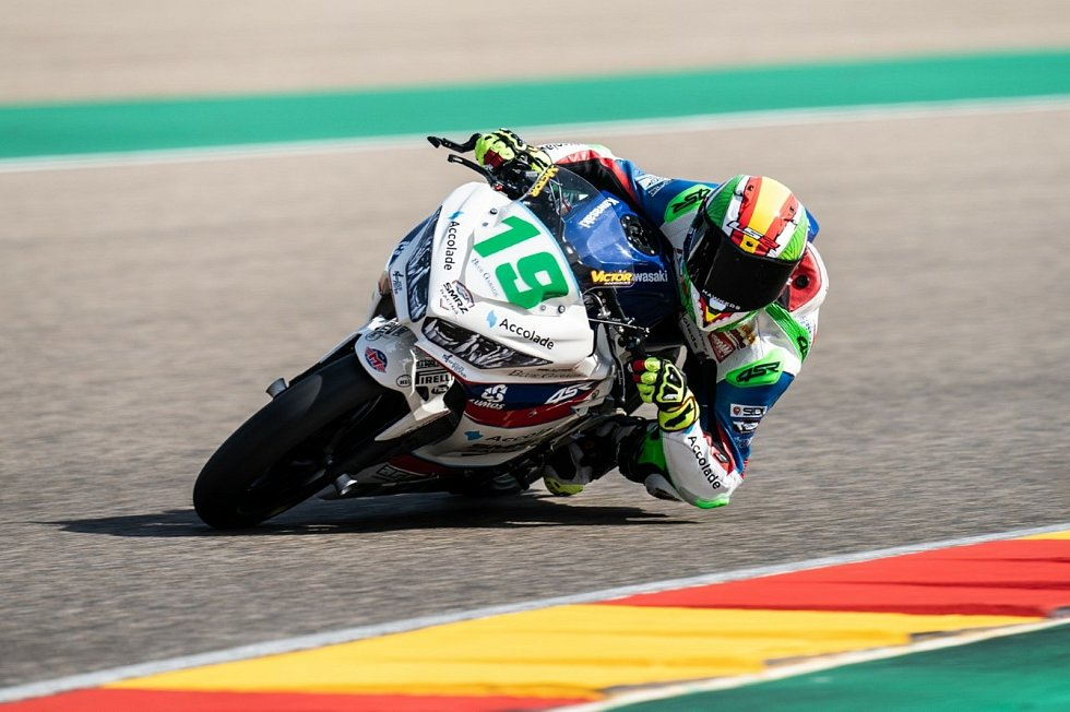 Tým Jakuba Smrže Accolade Smrz Racing přivezl ze Španělska tři body.