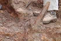 POKUŠENÍ. Archeologické nálezy svádějí k tomu ponechat si je. Člověk by tak ale porušil zákon...