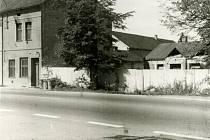 KDYSI: Smaltovna Westen na Rudolfovské třídě v roce 1989.