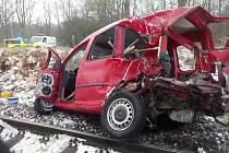 Vlak v Hluboké narazil už do prázdného auta.