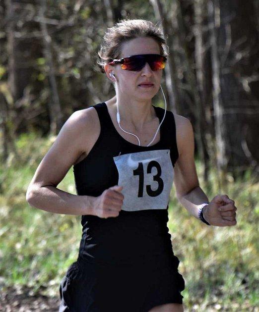 Vítězka běhu žen Kateřina Zemanová.