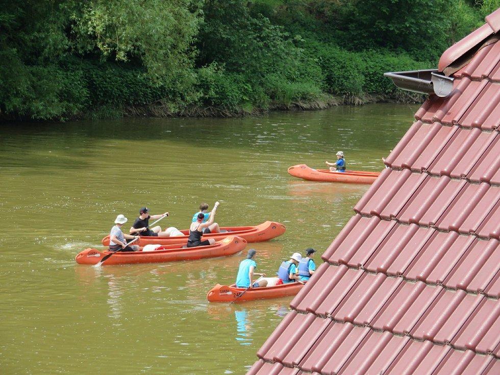 Sjízdné jsou tři hlavní jihočeské řeky – Otava, Lužnice a Vltava. Průtoky na nich jsou aktuálně bezpečné i pro méně zkušené vodáky.