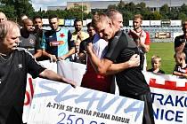 Petr Janda na charitativním exhibičním zápase, který se uskutečnil v sobotu 4. září ve Strakonicích. Výtěžek půjde na léčbu Jandova syna Jakoubka, který letos krátce před svými druhými narozeninami utrpěl vážný úraz.