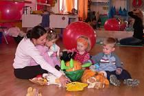 Nejrůznější kurzy a způsoby vyžití najdou maminky s jejich ratolestmi v novém Mateřském centru Victory na Lannově třídě v Českých Budějovicích, které bylo v pátek slavnostně představeno veřejnosti.