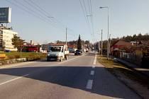 Vyšší provoz než obvykle přinesla v sobotu dopoledne do Borku na Pražskou ulici (na snímku) nehoda na dálnici D3 poblíž Ševětína. Policie totiž odklonila dopravu na starou silnici Ševětín - Borek.