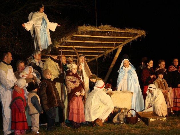 V Borovanech byl k vidění živý betlém.