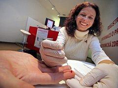Testování na HIV. Ilustrační foto.