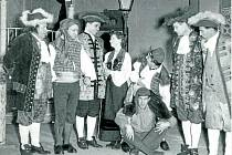 Šibalství. J. B. Molière: Šibalství Scapinovo v režii Josefa Hlávky, 25. 12. 1956.