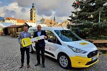 Taxík Maxík nabídne přes charitu v Českých Budějovicích službu seniorům.