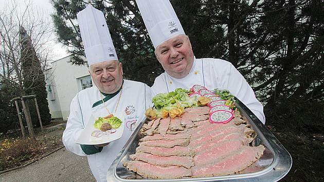 Ve čtvrtek začal v Českých Budějovicích festival Gastrofest a potrvá do soboty. Snímky jsou ze středeční tiskové konference.