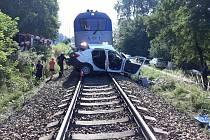 Jedna z tragických dopravních nehod na železničním přejezdu mezi Kamenným Újezdem a Včelnou v roce 2018.