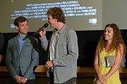 Budějčák Daniel Habrda, student na FAMO z Písku, úspěšně dokončil svůj studentský film, pohádku Z pekla do pekla, s hvězdným obsazením. Snímek měl v neděli slavnostní premiéru.