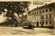 KDYSI: Englův dům na Pražské na dobovém snímku.