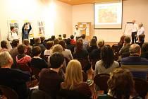 Cestopisnou přednášku navštívíte online. Ilustrační foto.