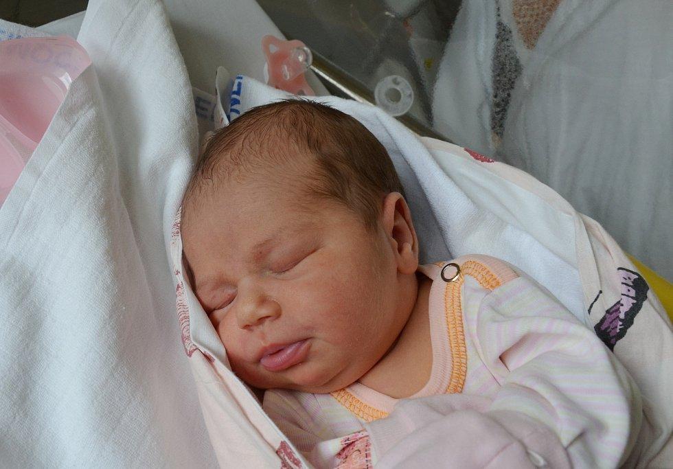 V Milevsku bude sbírat první životní zkušenosti Marie Peterková. Rodičům Veronice Tejnecké a Josefu Peterkovi se narodila 12. 7. 2021 v 8.24 h., vážila 3,70 kg.