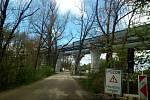 Most přes údolí u bývalého dvora Plavnice na okraji Kamenného Újezdu na Českobudějovicku.