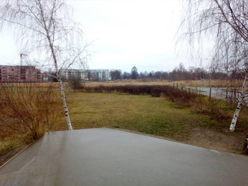 Dosud neupravené plochy mezi Parkem 4D a hokejovou halou na okraji sídliště Máj chce přeměnit českobudějovická radnice v další odpočinkovou zónu. Jinde na bývalém vojenském cvičišti směrem k sídlišti Vltava už soukromý investor staví byty.