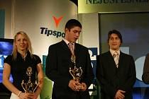 Libero David Juračka (vpravo s Anetou Grabmüllerovou a Bohumilem Jankem při předávání cen v anketě Nejúspěšnější sportovec Jihočeského kraje roku 2009) dostal ve dvaceti letech  příležitost, jaká se jen tak někomu nenaskytne.