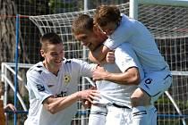 Adam Klavík v zápase Písku s Hlavicí (3:1) dal dva góly vítězů.