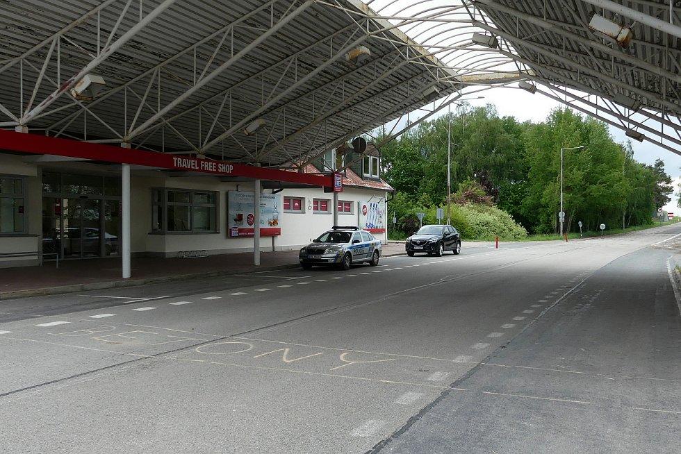 Hraniční přechod ve Slavonicích sice Česko otevřelo, dolnorakouská strana ho ale nechala zavřený.