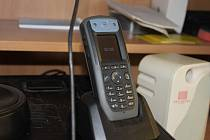 Speciální telefony nově používají pracovníci čerpací stanice Hněvkovice