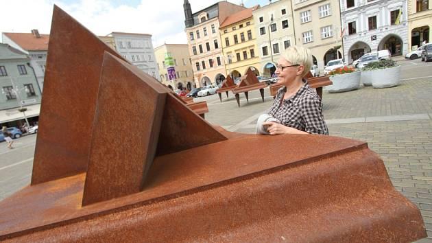 Už devátým rokem oživuje výstava Umění ve městě veřejný prostor Českých Budějovic.