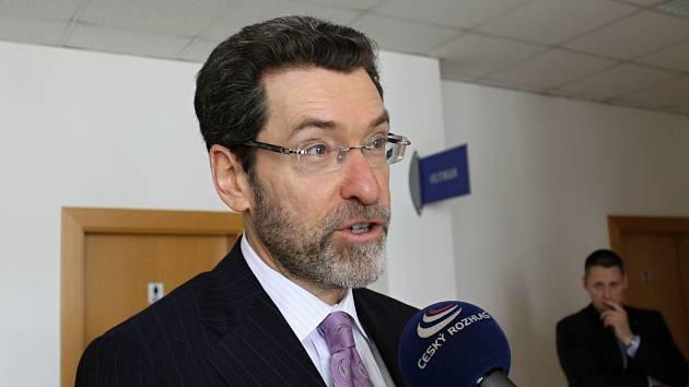 Americký velvyslanec v České republice Norman Eisen.
