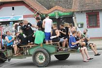 Fotbalisté Ševětína umějí slavit, takhle se radovali z postupu do I.A třídy.  Hned za rok vítali v městysu krajský přebor, kde jsou historickým nováčkem. Bojují o záchranu.