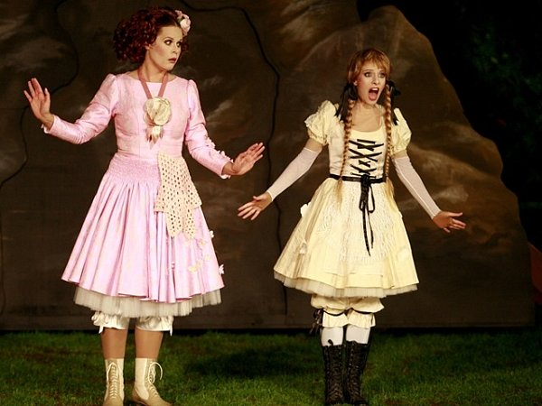 Činohra Jihočeského divadla uvádí na krumlovské točně lidovou komedii Král duchů a Třeštil.