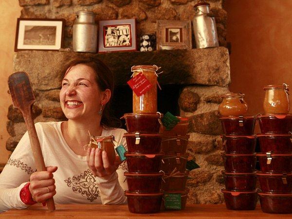 Nejchutnější marmelády světa vaří Blanka Milfaitová vPohoří na Šumavě.
