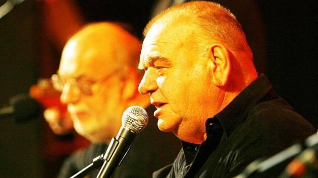 Jan a František Nedvědovi koncertovali ve čtvrtek v budějovickém Kulturním domě Vltava.