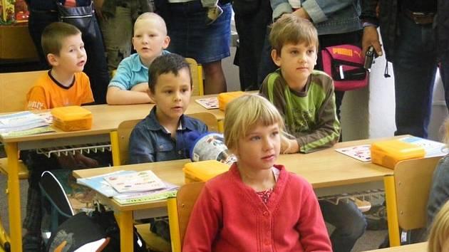 První školní den na ZŠ Ševětín.