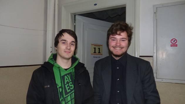 Získali ve Středoškolské odborné činnosti studenti Gymnázia Česká v Českých Budějovicích (na snímku zleva) Ondřej Nykles a Jan Mašek.