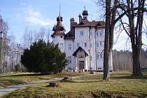 Dětský domov Boršov nad Vltavou.