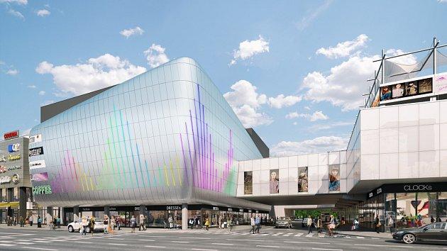 Zvětšené a modernější obchodní centrum na budějovické Pražské třídě se otevře koncem října.