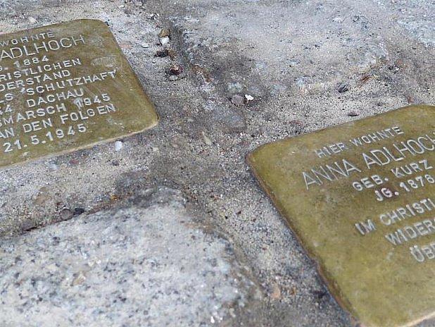 Vzpomínek na oběti nacismu bude víc?