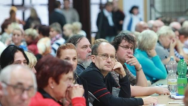 Setkání členů volebních komisí.