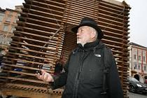 Architekt Martin Rajniš, autor poštovny na Sněžce či lesovny v Písku, zaujal v posledních letech hlavně originálními stavbami ze dřeva.