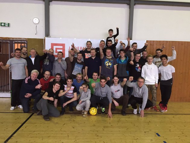Silvestrovský turnaj v Dřítni. Výborný fotbal, uzený kapr, společenská událost