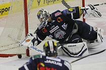 Hokejová extraliga pokračovala zápasem Mountfield-Liberec