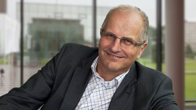 ON-LINE rozhovor s jihočeským senátorem Jiřím Šestákem