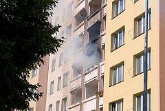 V sobotu odpoledne vypukl požár v jednom z bytů v panelovém domě v ulici V. Volfa.
